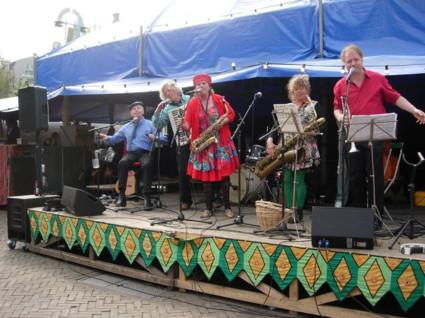 Amsterdamse Straat Band     zomeravondconcert